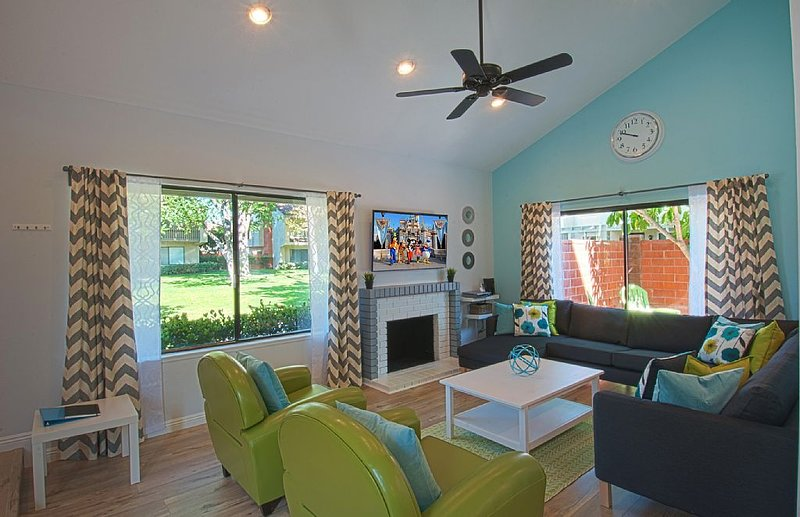 Funtierland + Suite Escapes 9 + Walk to Disney +  Pool + Netflix, alquiler de vacaciones en Garden Grove