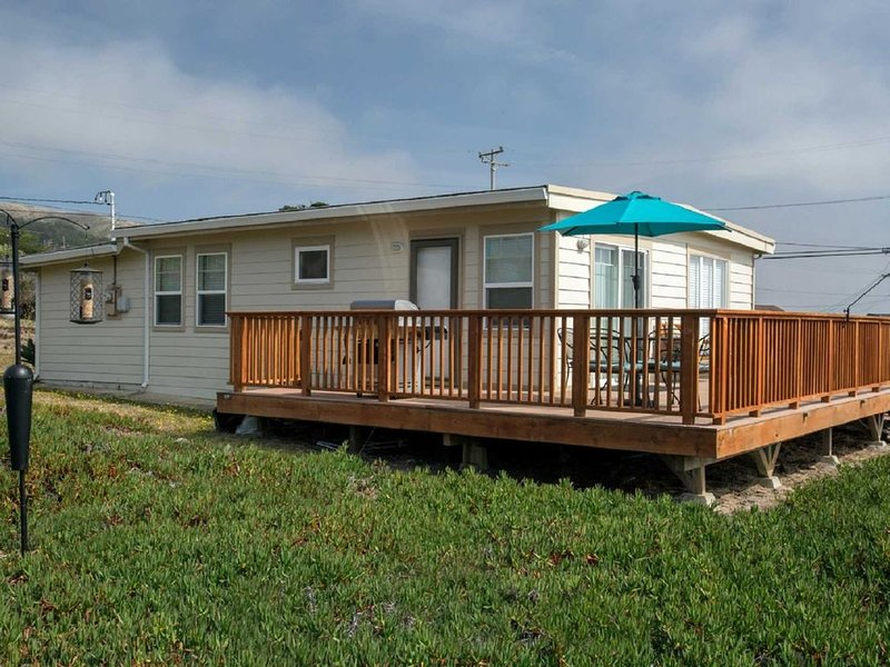Carmet 'Coastal Dream' Walk to 2 Beaches! *Hot Tub!*, alquiler de vacaciones en Bodega Bay