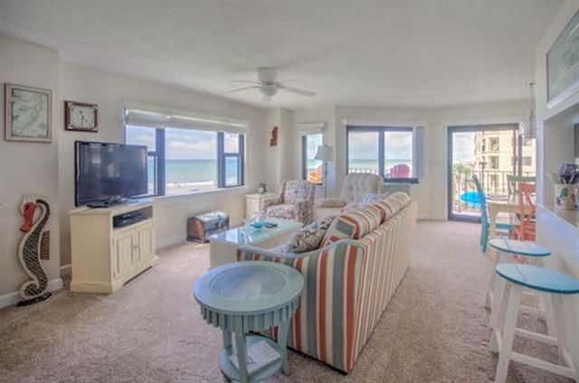 Spectacular Views! Fantastic modern condo right on the water! Unit 201, vacation rental in Salter Path
