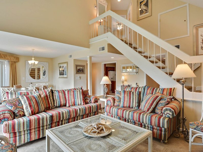 Ocean view home w/ beach access & shared pool - near beach club!, vacation rental in Seabrook Island