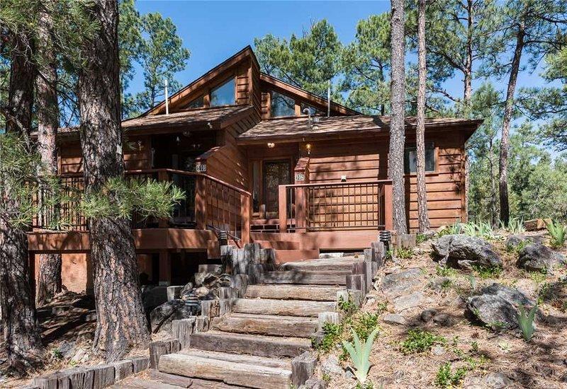 Double Shot Cabin, 2 Bedrooms, Sleeps 4, Deck, WiFi, alquiler vacacional en Nogal