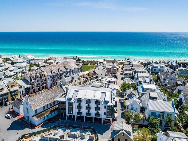 Julep Place at The Orleans: Brand New Luxury Condo Peferct Location! Gulf Views!, holiday rental in Rosemary Beach