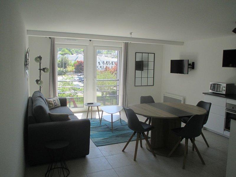 Appartement Neuf et Moderne, exposé Sud à proximité de la Plage de Perros-Guirec, location de vacances à Perros-Guirec