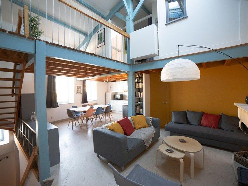 Maison La Rochelle prés du Vieux Port pour 6 à 9 personnes , vue sur le canal, vacation rental in La Rochelle
