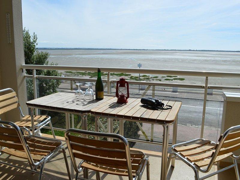 Appartement T3 à la décoration soignée, avec vue dégagée sur la baie, vacation rental in Somme