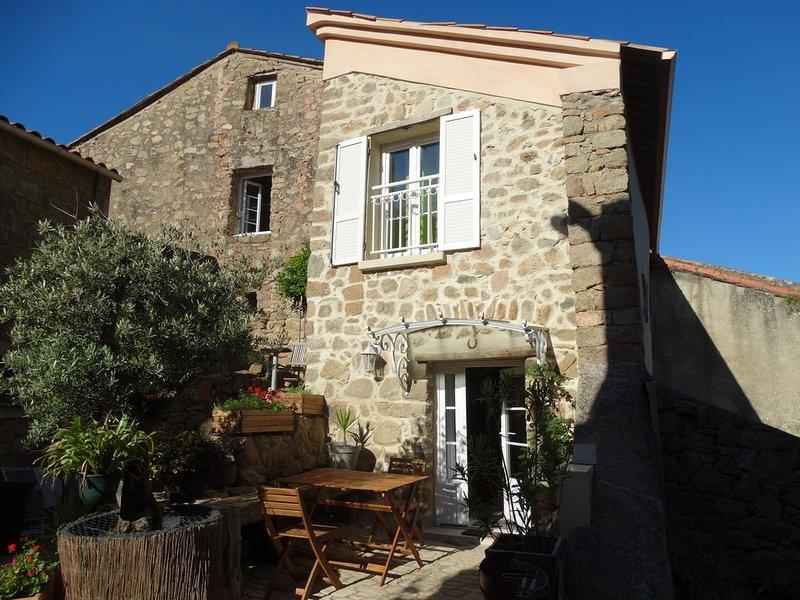 APPIETTO, maison de caractère  près d'Ajaccio en Corse . 'Entre mer et maquis', aluguéis de temporada em Appietto