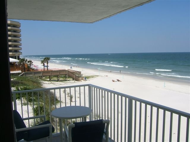 Ocean Reef # 311 Right On The Beach! Breathtaking Views All Around!, vacation rental in New Smyrna Beach