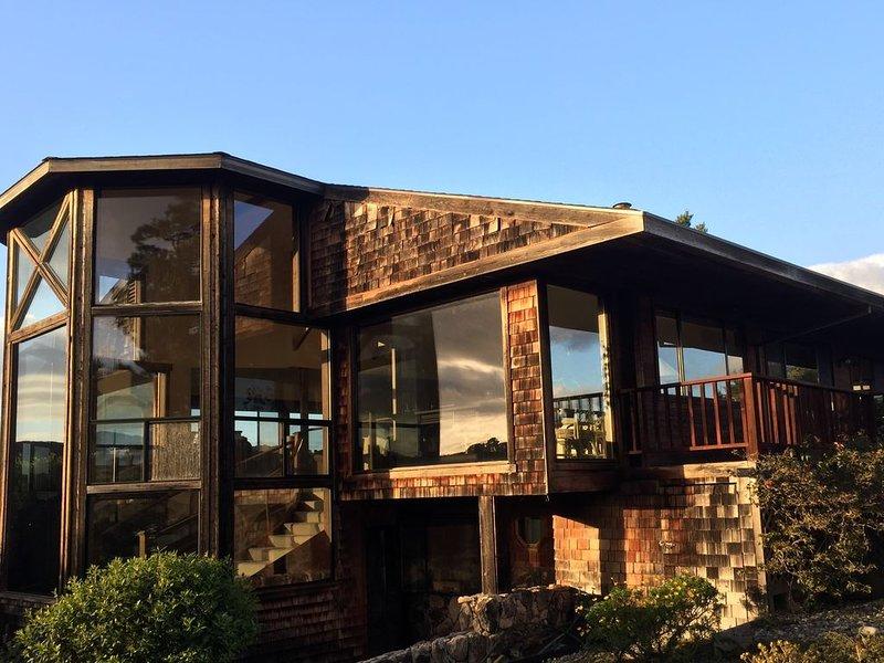 Mountain-Top Estate., alquiler de vacaciones en Salinas