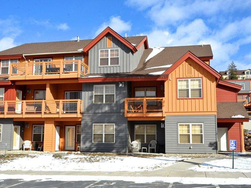 Elegant Townhouse 3 miles from Winter Park Downtown, alquiler de vacaciones en Fraser