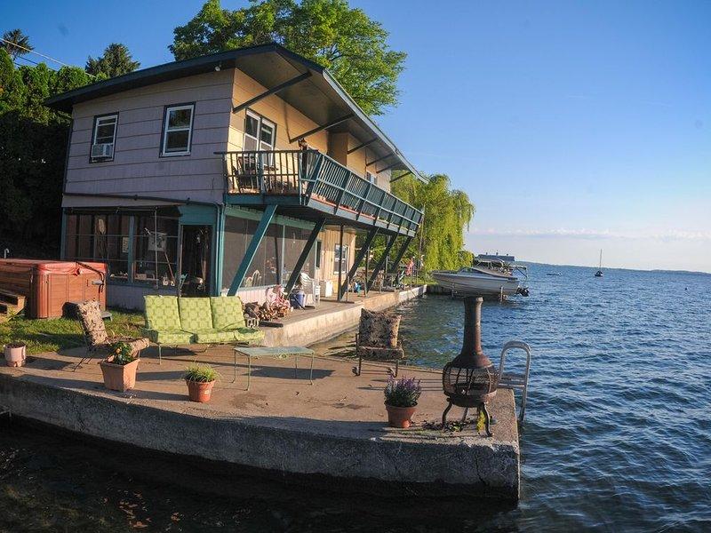 Lever de soleil sur le lac devant le paradis!