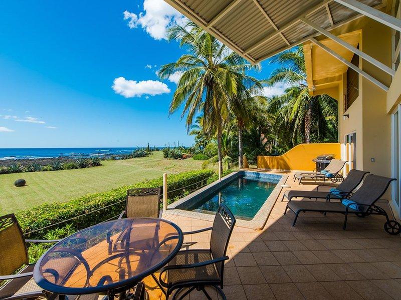 CASA SOMOS UNO Ocean Front Elegance in Playa Negra,, holiday rental in Playa Negra