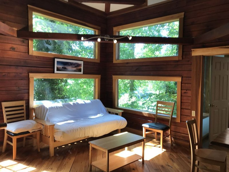 Cozy Cabin Is A Centrally Located Cabin In The Red River Gorge, Ky, alquiler de vacaciones en Irvine