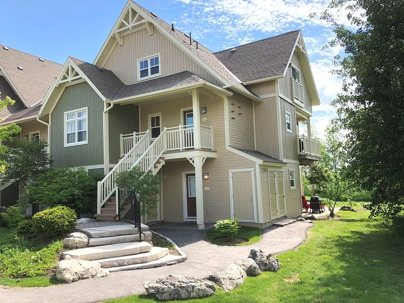 Rivergrass - Walk to Village, Skiing or Golf, holiday rental in Craigleith