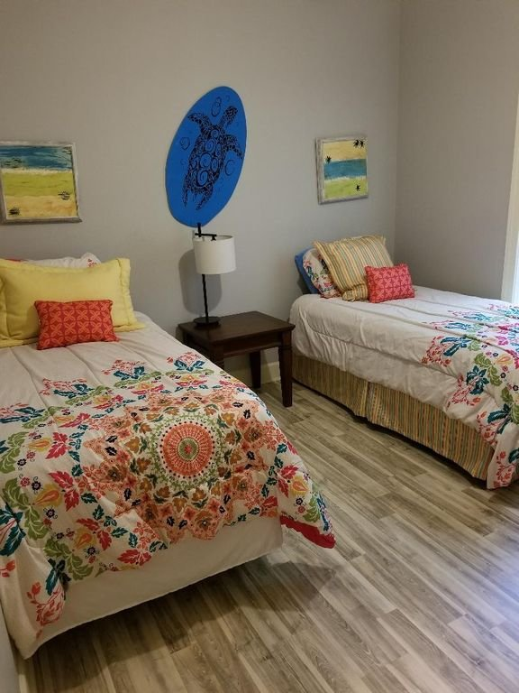 3rd Bedroom 2 twin beds