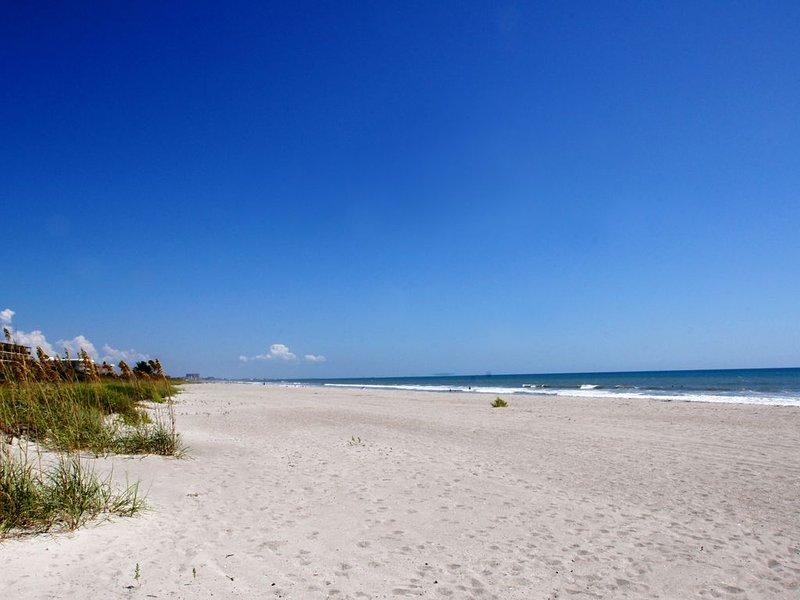Cocoa Beach Oceanfront Beach House!, aluguéis de temporada em Cocoa Beach