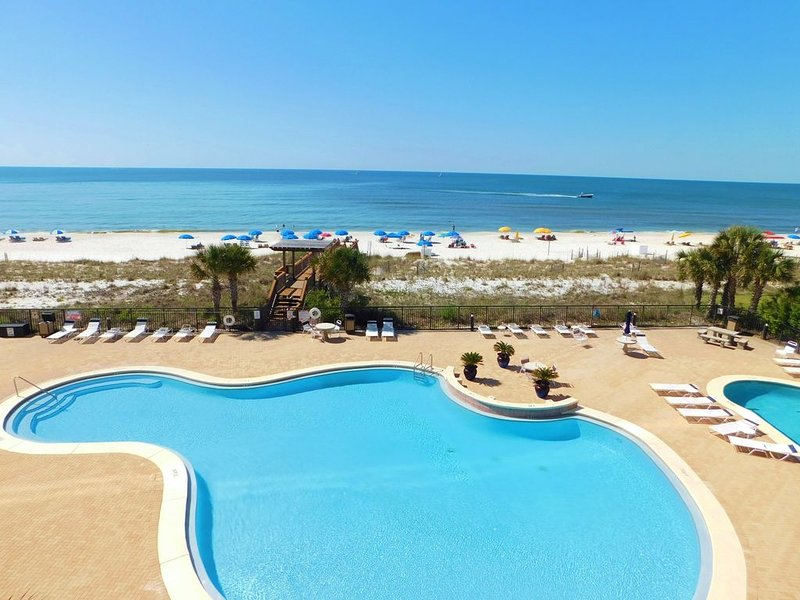 204 Palacio, low floor professionally decorated gulf front condo!, location de vacances à Perdido Key