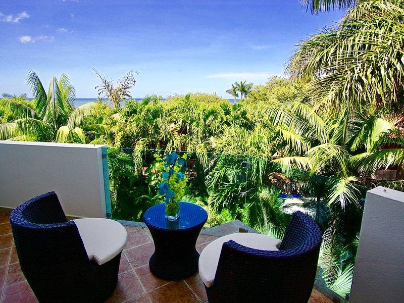 Casa Puesta del Sol Villa 1- Ocean. View 4 Bedroom Villa, holiday rental in Playa Langosta
