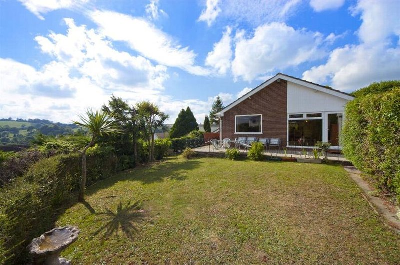 Spyglass Holiday Home Close To Torquay Harbour, Ferienwohnung in Torquay