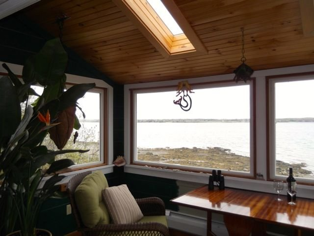 Romantic beach front cottage, vacation rental in Ellsworth