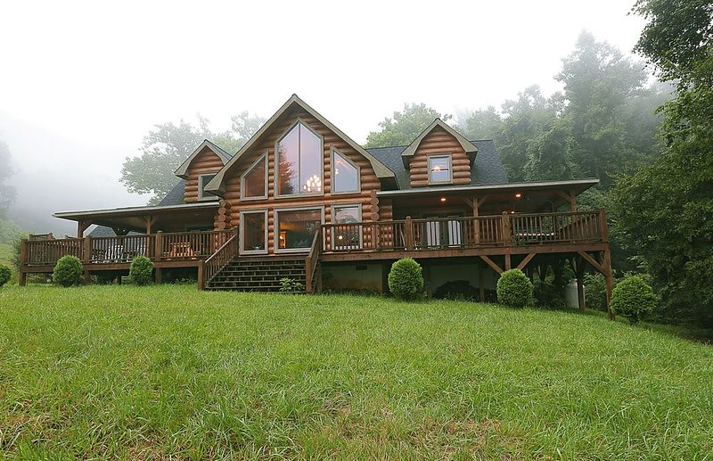 Paradise On Earth !!!, vacation rental in Fletcher