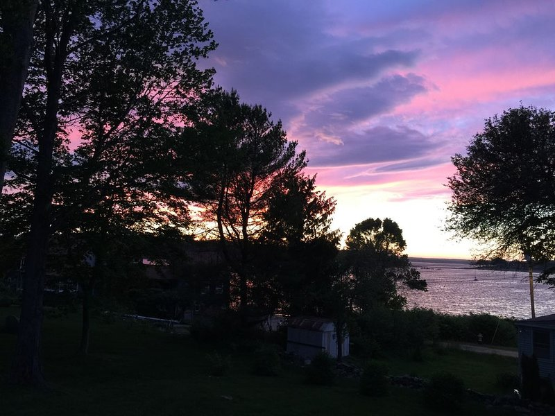 Sunset Cottage, Family-Friendly Oasis, holiday rental in Peaks Island