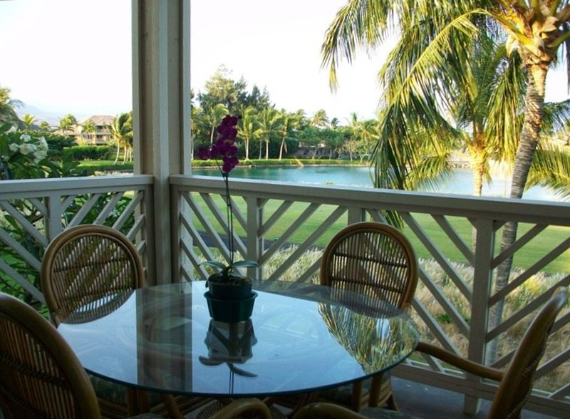 The View Is Special !  Gorgeous Lake-view   Fairway Villas Condo  Waikoloa, vacation rental in Puako