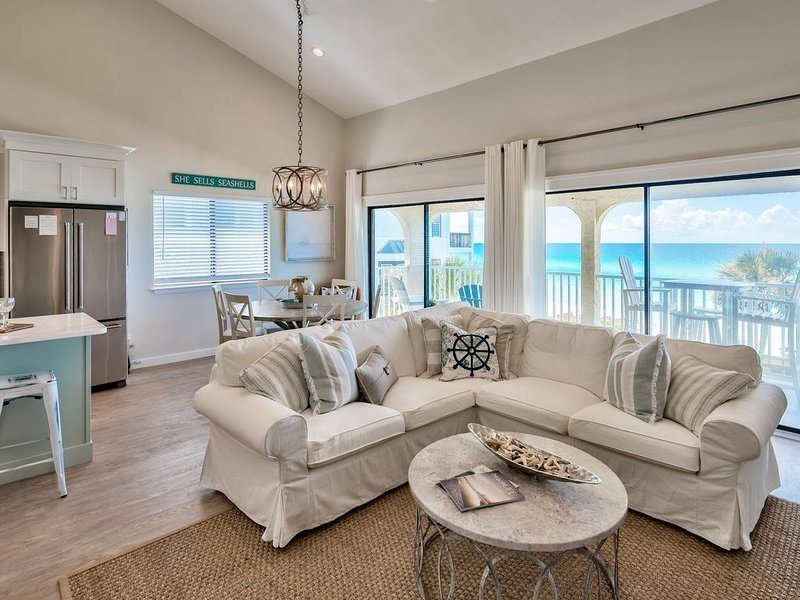 Gulf Front Penthouse Condo*Beautiful Gulf Views*Newly Renovated*2 Masters, casa vacanza a Rosemary Beach