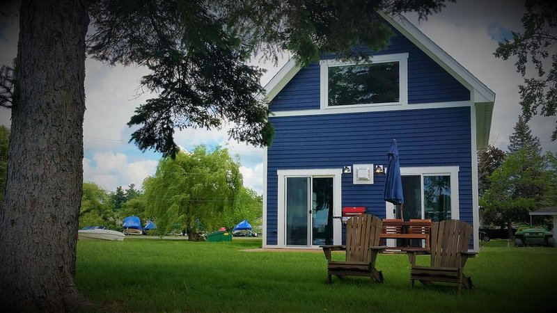 The Ledges Resort & Marina, holiday rental in Lansdowne