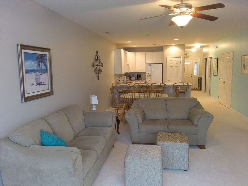 Elegant and cozy beach condo for your family vacation or winter rental, holiday rental in Harbeson