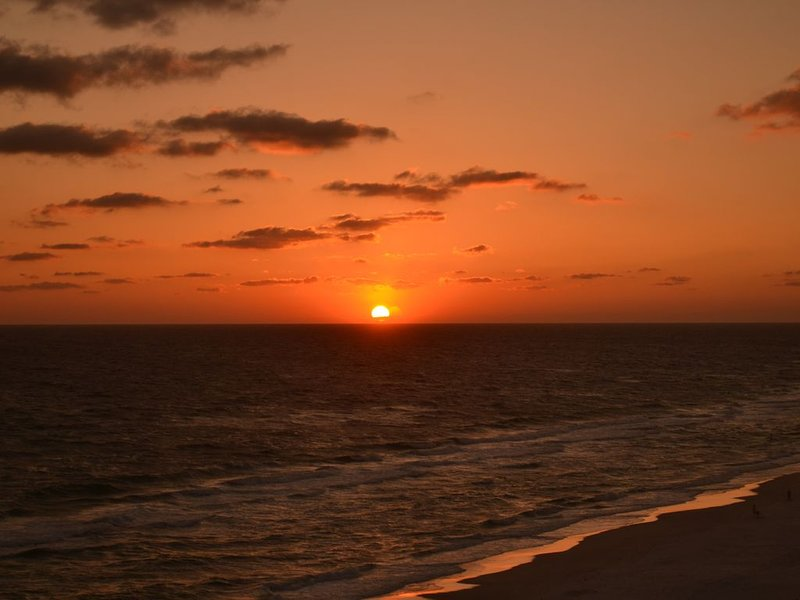 Awesome sunsets to thrill you from the balcony! Aww this is why you come to PCB