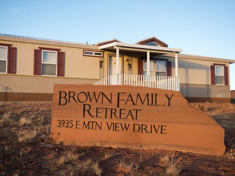 The Brown Family Retreat - Close to Zion, Bryce, Grand Canyon & Lake Powell!, location de vacances à Kanab