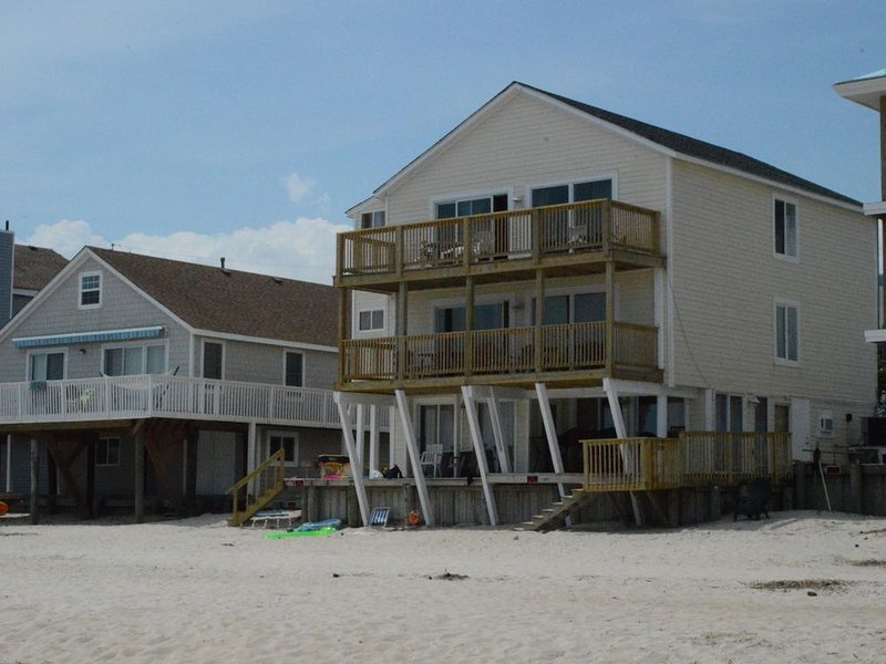 Get a Truly Memorable Experience While Vacationing in this beautiful property..., vakantiewoning in Virginia Beach