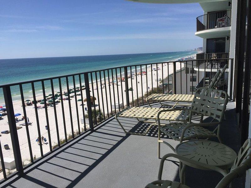 Rest Ashored!  Beachfront, 6th floor 3/3 gulf front spacious vacation condo., alquiler de vacaciones en Panama City Beach