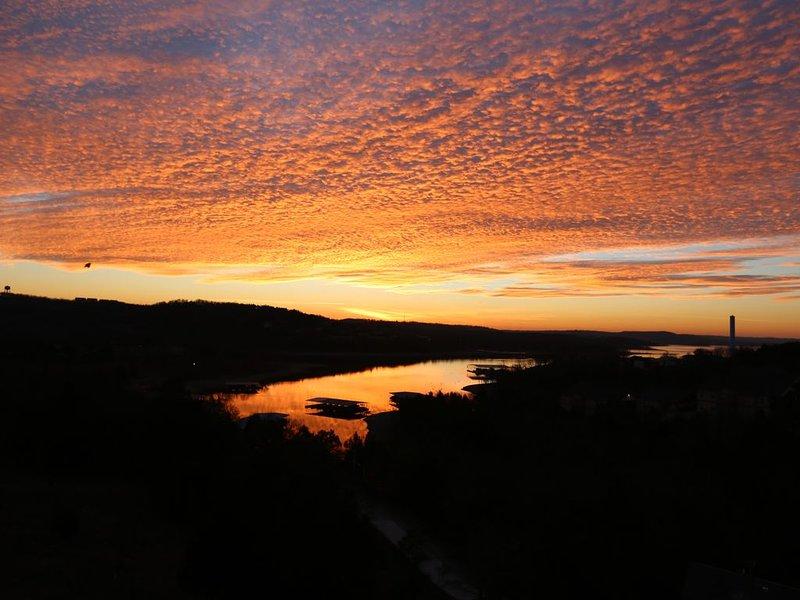Branson Tablerock Oasis-Lake Front, Near SDC, Boat Slip Possible, location de vacances à Branson ouest