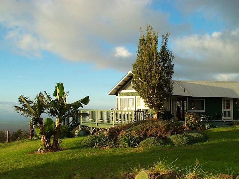 Heaven on Earth in Upcountry Maui, Ferienwohnung in Kipahulu