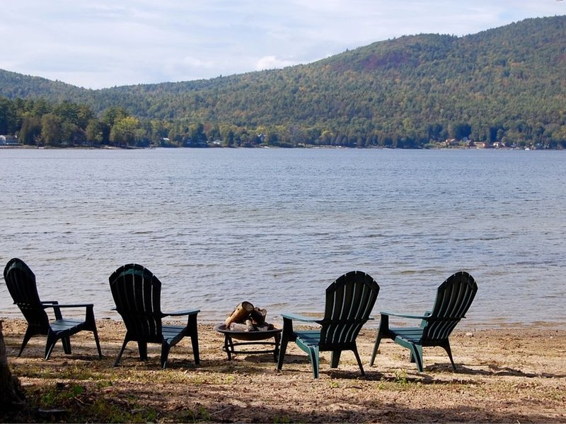 Lake Champlain Private Sandy Beach, casa vacanza a Keeseville