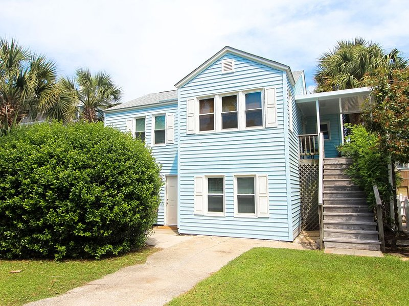 Charming, dog-friendly beach house downstairs, alquiler de vacaciones en Isle of Palms