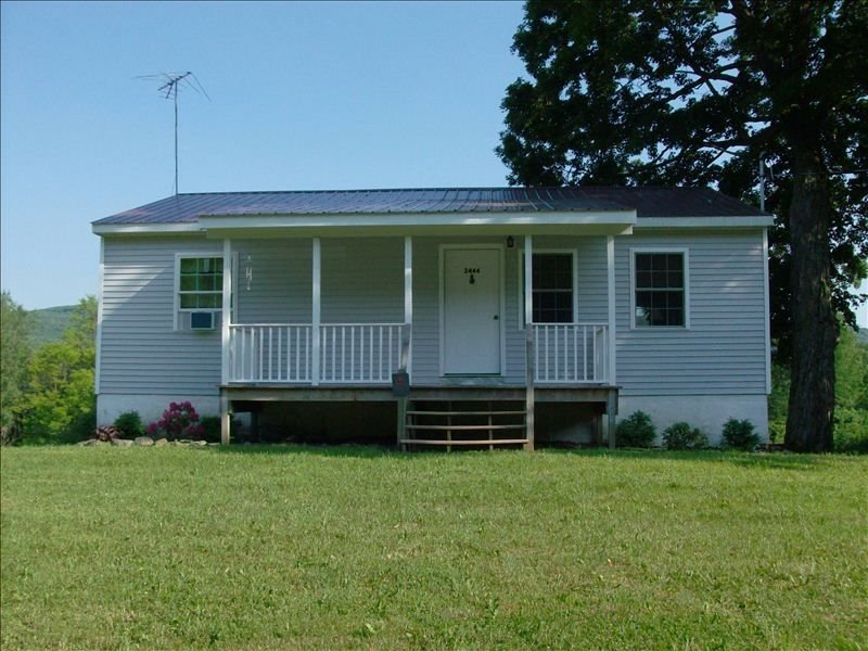 Quiet Rural Home 7 Miles from Cooperstown, location de vacances à Cobleskill