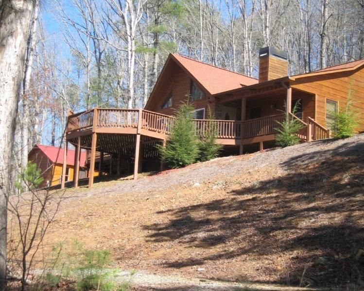 Pet Friendly, Family Friendly, Cozy Mountain Cabin, vacation rental in Ellijay