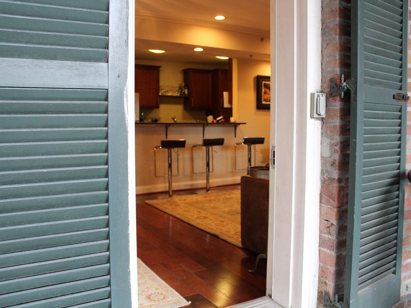 New Orleans  Condo in Great Location, holiday rental in New Orleans