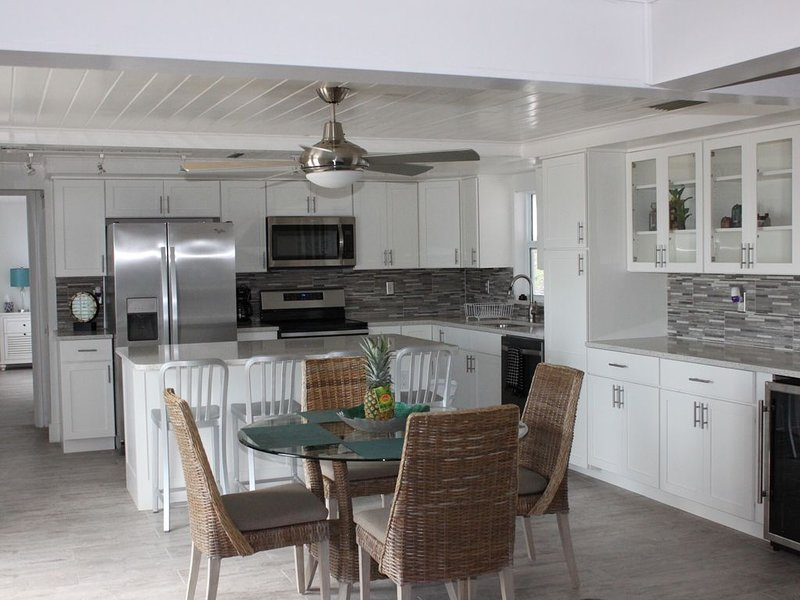 Oceanfront- Newly Renovated- St Augustine BeachHouse!, holiday rental in Villano Beach