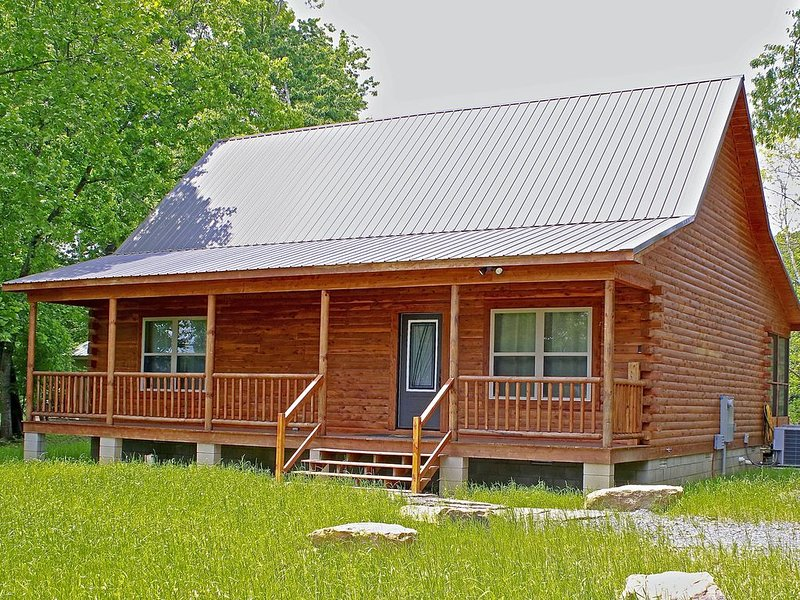 Trumpeter Lodge located on the banks of Little Red River, Heber Springs,Arkansas, alquiler de vacaciones en Tumbling Shoals