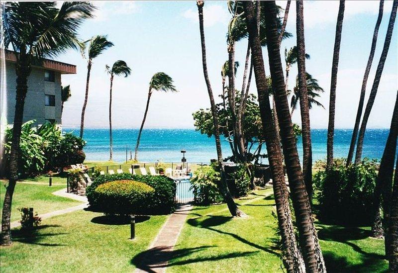 Vacation in Paradise - Maui Hawaii, Ocean Front Condo, Ferienwohnung in Wailuku