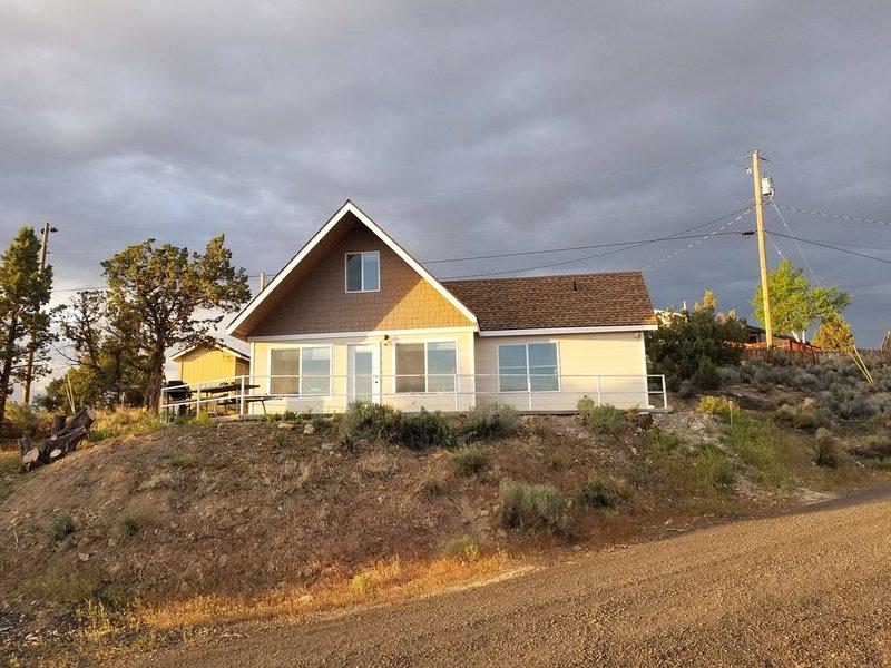 Prineville Resevoir Lake House, holiday rental in Prineville