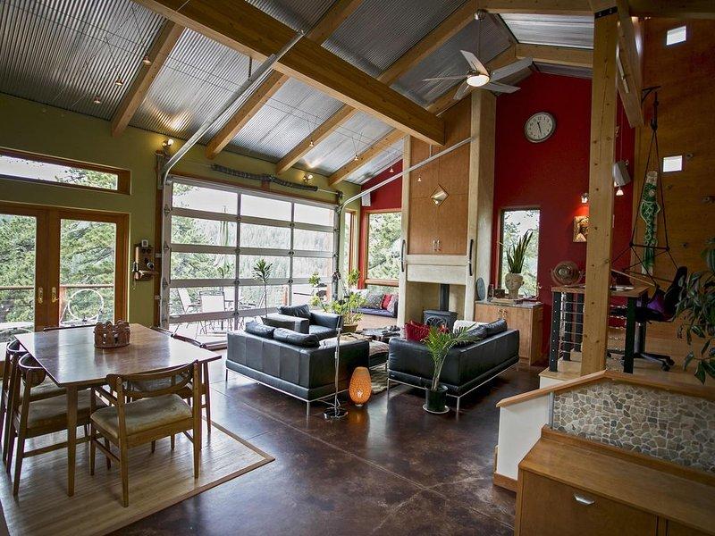 Towering Pines - Mountain Modern Nederland Retreat, aluguéis de temporada em Black Hawk