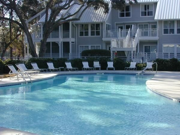 Free Golf and Tennis.  Great Location in Port Royal., holiday rental in Parris Island