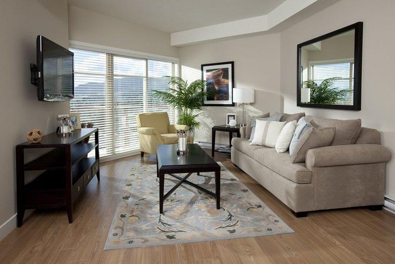 Resort Style Lake View Property, location de vacances à West Kelowna