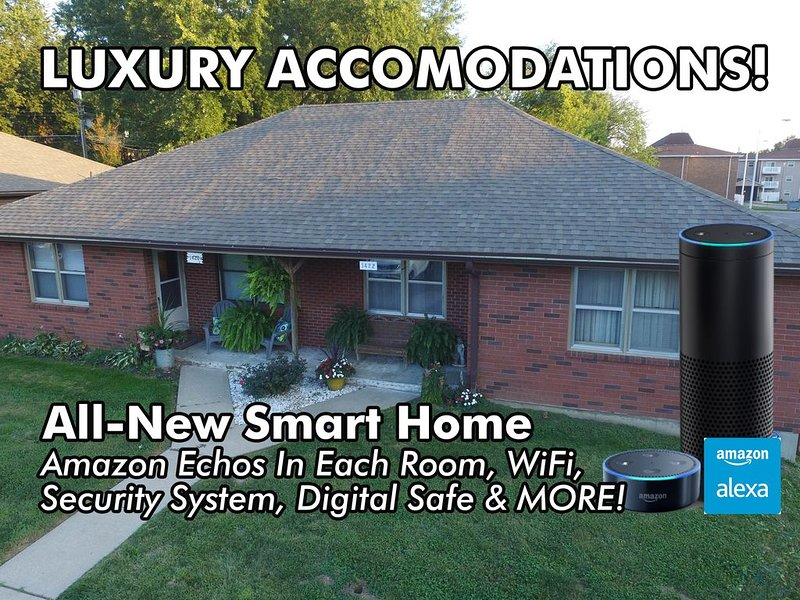 Comfortable & Clean 2-bedroom Home W/Awesome Amenities, holiday rental in Saint Joseph