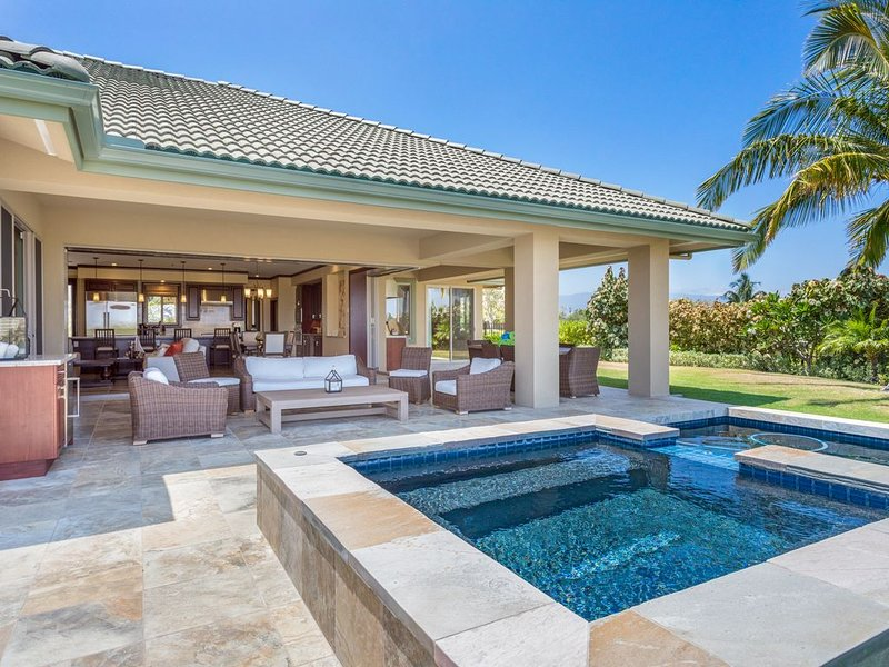 **BARGAIN** Wai'ula'ula Mauna Kea Villa Kohala Coast *Pool*Hot Tub*Golf*, vacation rental in Kawaihae