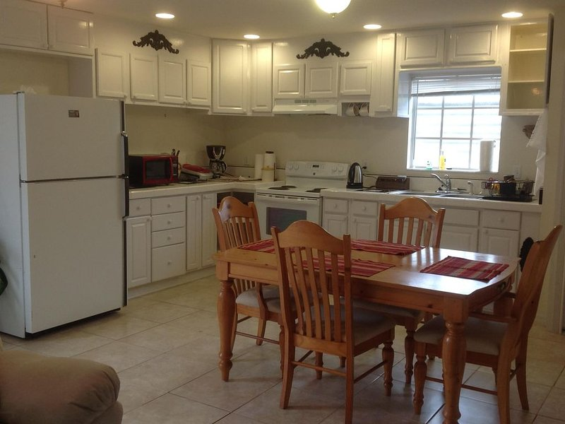 Guest house in Saint Pete., vacation rental in St. Petersburg